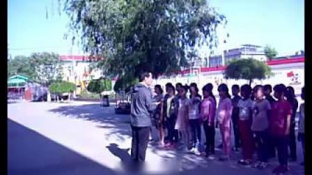 《队列队形:二列横队与四路纵队互变》课堂教学视频实录-科学2011版小学体育三年级第二学期