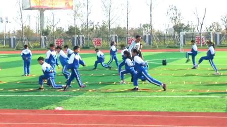 《第25课 走和跑:快速跑》优质课课堂展示视频-科学2011版小学体育四年级第二学期