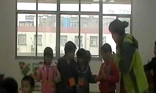 幼儿园大班《10以内的相邻数》优质课教学视频