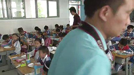 纸盘画 小学二年级美术优质课视频 卓雅小学王剑超