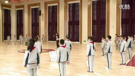 人教版小学体育五年级下册《趣味韵律操》教学视频