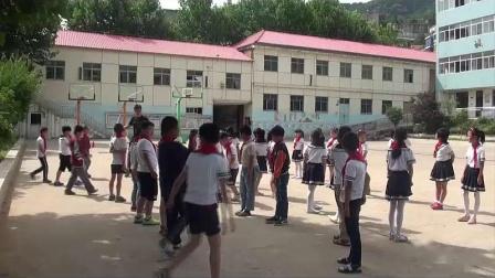 《站立式起跑》三年级体育,赵燕飞