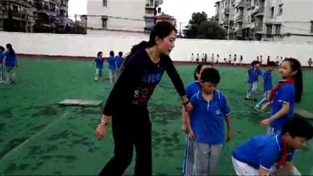 《跳跃与游戏》优质课(人教版体育与健康小学二年级,李慧琴)