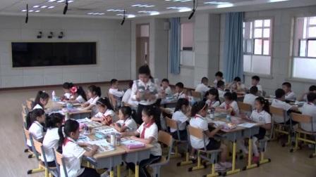 外研版(三起)小�W英�Z三下Module10  Unit 2 She's got an orange sweater.�|���w丹