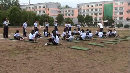 《肩肘倒立》优质课(科学版五年级体育,宿迁市县级优课)