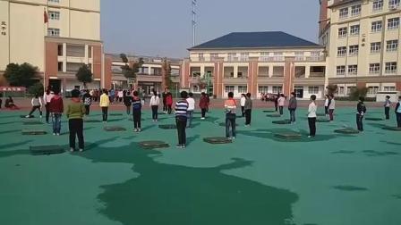 《快乐单双脚跳》优质课(人教版四年级体育,江苏省市级优课)