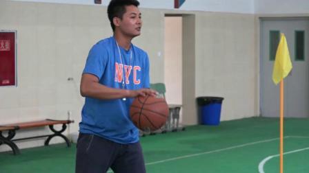 《篮球原地高低运球》优质课(人教版初一体育与健康,王小珑)