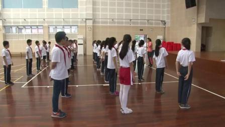 《快速跑:蹲踞式起跑》优质课(科学版五年级体育,胡春梅)
