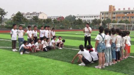 《立定跳远》科教版二年级体育,李俊