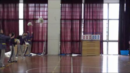 人教版体育体育八年级《排球正面上手发球》课堂教学视频实录-施炜