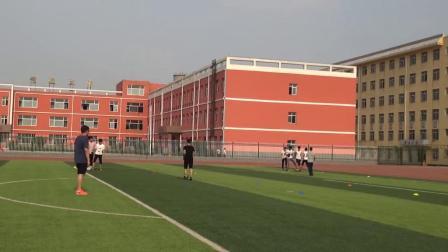 《足球-脚内侧踢球》人教版初一体育与健康,邢台市县级优课