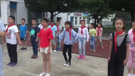 《学习蹲踞式起跑》北京版体育三年级,汪学范