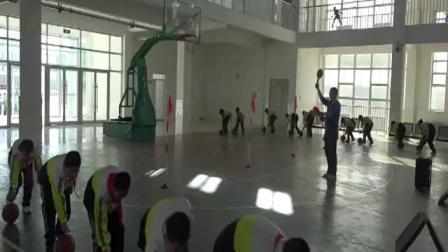 《小篮球-球性练习》科学版四年级体育,程威
